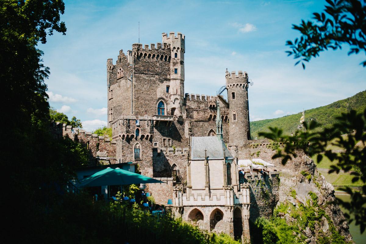 Blick auf Burg Rheinstein